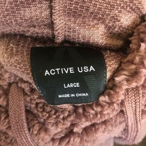 Active USA Other - Ryan Hoodie from Clad & Cloth